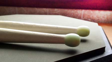 How to play the single stroke four rudiment